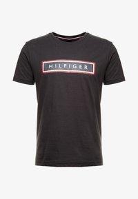 Tommy Hilfiger - CORP FRAME TEE - Print T-shirt - black - 3
