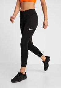 Nike Performance - FAST CROP - Legginsy - black/reflective silver - 0