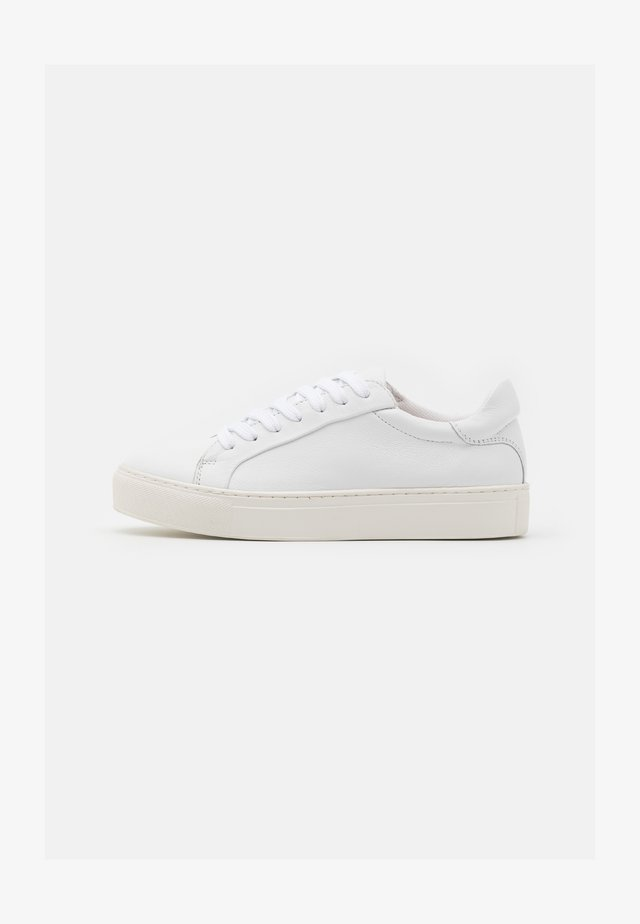 SLFDONNA NEW TRAINER  - Sneakers laag - white