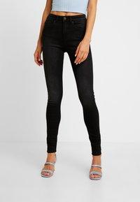 ONLY - ONLFHUSH LIFE - Jeans Skinny Fit - black denim - 0