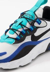 Nike Sportswear - NIKE AIR MAX 270 RT BP - Sneakers basse - white/black/hyper blue/oracle aqua - 2