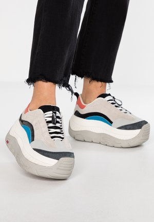 CLUSTER - Trainers - multicolor
