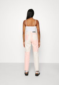 The Ragged Priest - CARNIVAL  - Džíny Straight Fit - pink/beige - 2