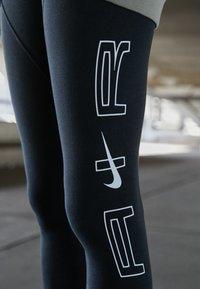 Nike Sportswear - Leggings - black/smoke grey - 2