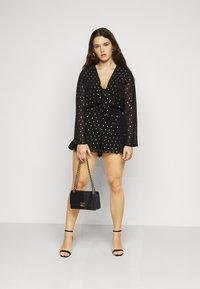 Glamorous Curve - GOLD DOBBY GO PLAYSUIT - Jumpsuit - black/gold - 1