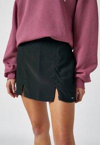 PULL&BEAR - Mini skirt - mottled dark grey - 4