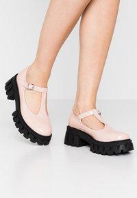 Koi Footwear - VEGAN SHIN - Zapatos de plataforma - light pink - 0