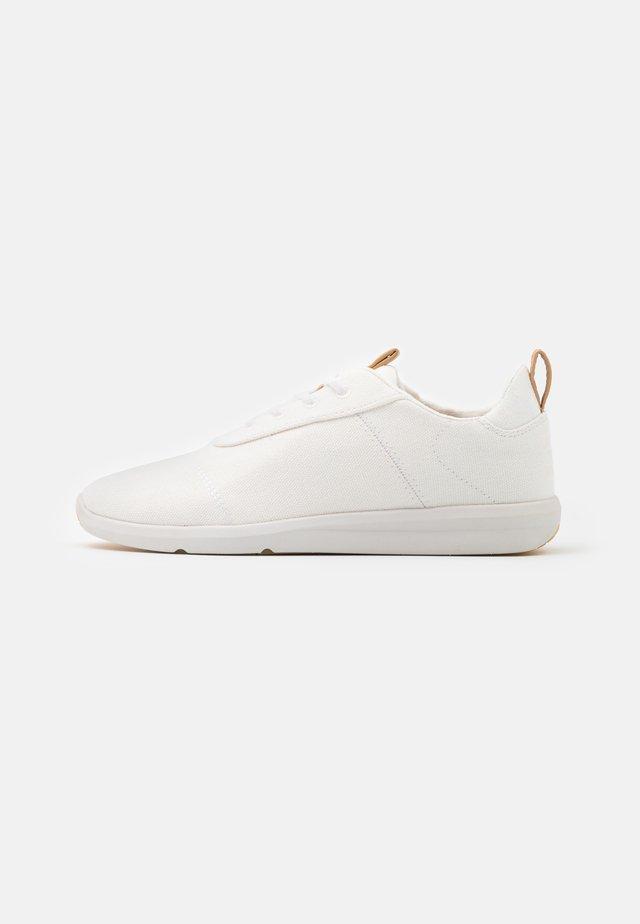 CABRILLO VEGAN - Sneakers laag - white