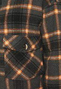 Pieces - PCSINO LS SHACKET - Summer jacket - black - 6