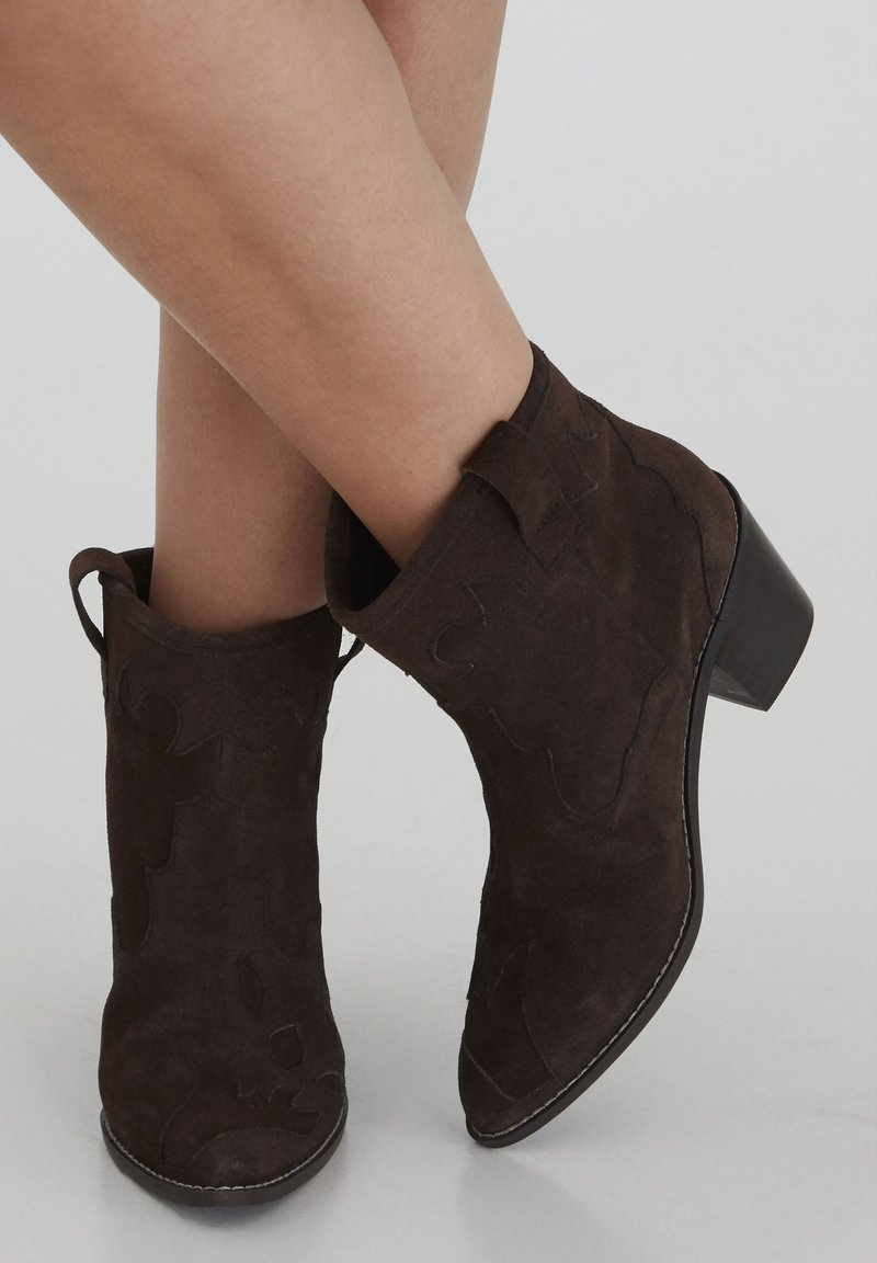 ICHI - Ankle boots - chocolate lab