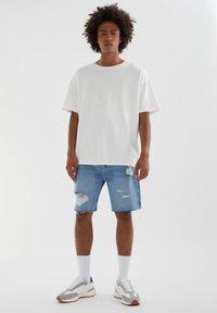 PULL&BEAR - Denim shorts - dark-blue denim - 1