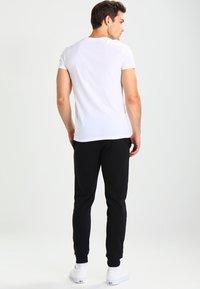YOURTURN - T-shirts basic - white - 2