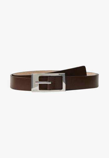 GAMILA - Cinturón - brown