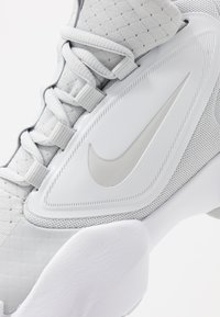 Nike Performance - AIR MAX ALPHA SAVAGE - Sports shoes - pure platinum/white - 5
