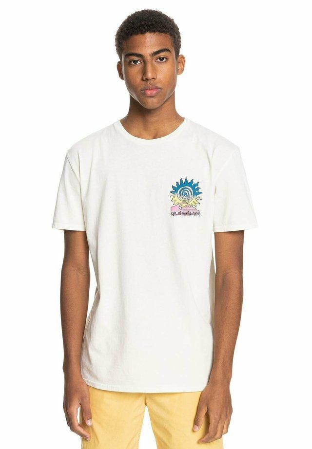 ISLAND PULSE - Print T-shirt - snow white