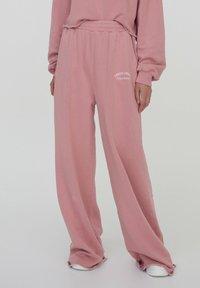 PULL&BEAR - Pantalon de survêtement - rose - 0