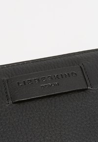 Liebeskind Berlin - CONNY - Portefeuille - black - 2