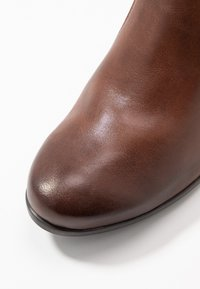 Jana - Ankle boots - chestnut - 2