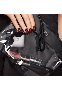 KIKO Milano - TRANSPARENT BEAUTY CASE - Makeup accessory - 001 black - 2