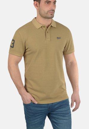 DAVE - Polo - sand brown