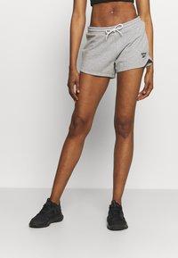 Reebok - FRENCH TERRY SHORT - Pantaloncini sportivi - medium grey heather - 0