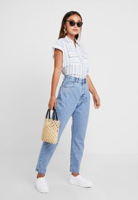 Dr.Denim Petite - NORA - Relaxed fit jeans - light retro - 1