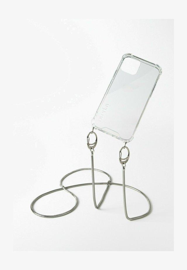 SAMSUNG GALAXY S21+ SNAKE CHAIN SILBER HANDYKETTE - Other accessories - silberfarben
