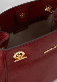 MICHAEL Michael Kors - JET SET CHAIN LEGACY - Across body bag - brandy - 4