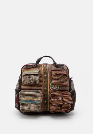 BACK MILDRED RIBE - Rucksack - brown
