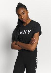 DKNY - EXPLODED LOGO BOXY TEE - Print T-shirt - black - 3