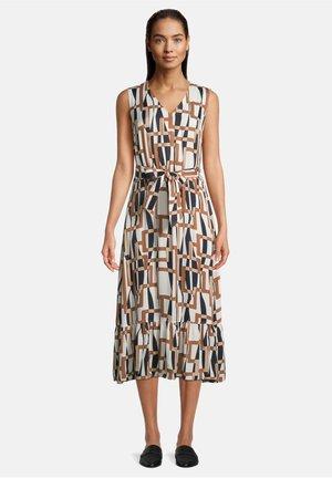 MIT V-AUSSCHNITT - Day dress - weiß/braun