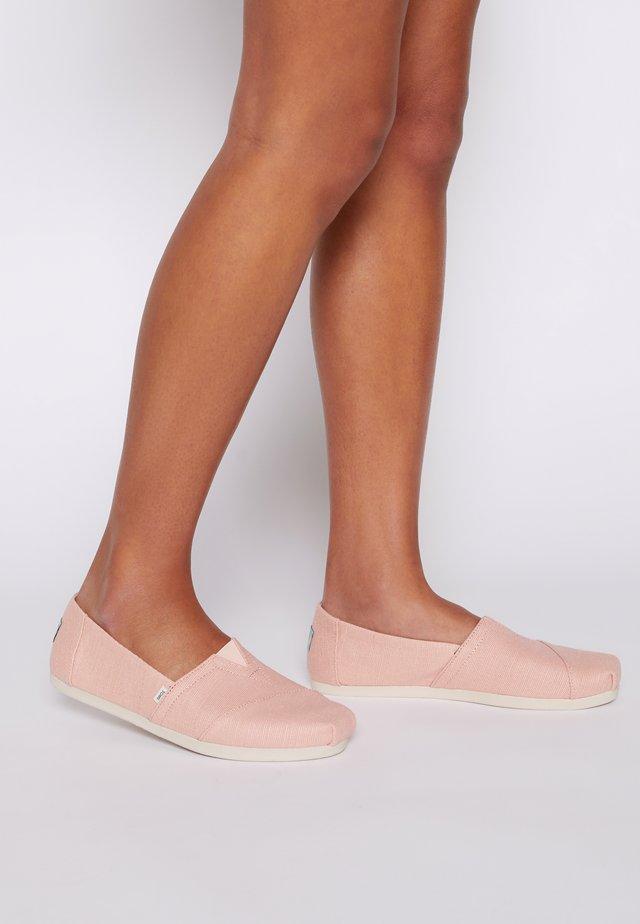 ALPARGATA - Slip-ons - light pink