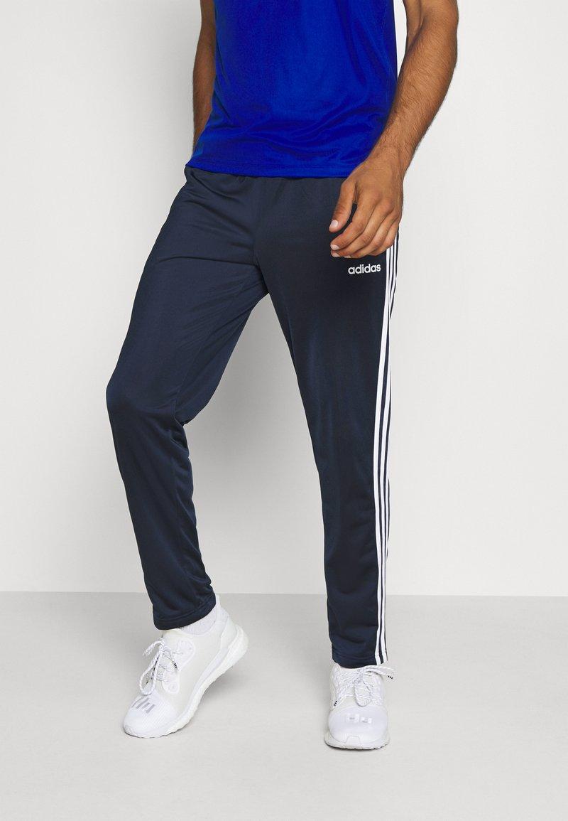 adidas Performance - 3 STRIPES SPORTS REGULAR PANTS - Teplákové kalhoty - legink/white