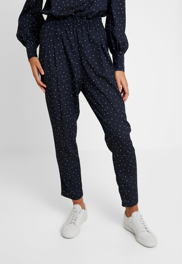 MENDI - Trousers - navy/cream