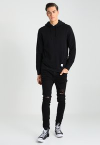 Jack & Jones - JJILIAM JJORIGINAL - Vaqueros pitillo - black denim - 1