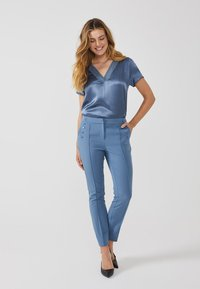 Aaiko - SOLLO VIS 345 - Trousers - steel blue a - 1