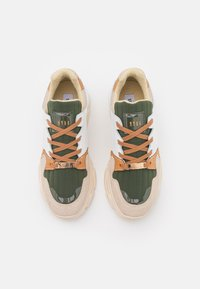 Steve Madden - POPPY - Sneakers laag - beige - 3