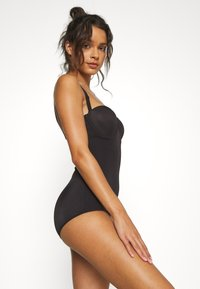 Maidenform - FIRM FOUNDATIONS LOW BACK COOL COMFORT ANTI STATIC - Body - black - 4