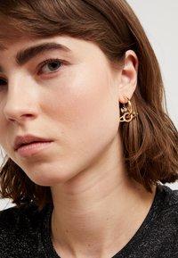 Vivienne Westwood - MIRANDA EARRINGS - Earrings - white - 1