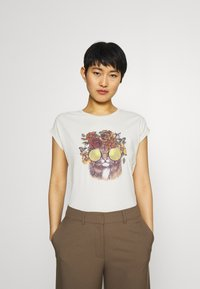 Cream - CARRIECR - Print T-shirt - white - 0