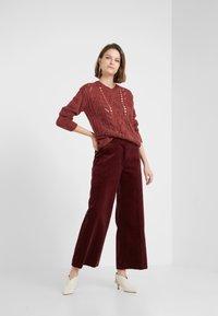 Bruuns Bazaar - BELLA KASS  - Jumper - brown bordeaux - 1