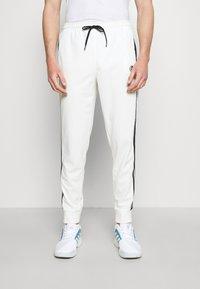 Sergio Tacchini - TRACK PANTS YOUNGLINE - Teplákové kalhoty - blanc de blanc/night sky - 0