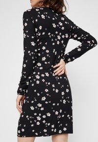 MAMALICIOUS - Jersey dress - black - 4