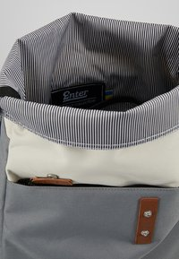 Enter - Mochila - grey/black/natural - 4