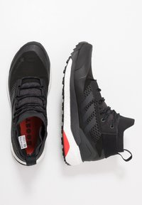 adidas Performance - TERREX FREE HIKER GORE TEX HIKING SHOES - Hikingskor - core black/grey three/active orange - 1