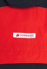 Didriksons - BJÖRNEN KIDS COVER - Snowsuit - poppy red - 5