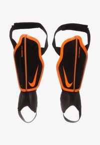 Nike Performance - PROTEGGA FLEX SCHIENBEINSCHONER KINDER - Shin pads - black / total orange - 0