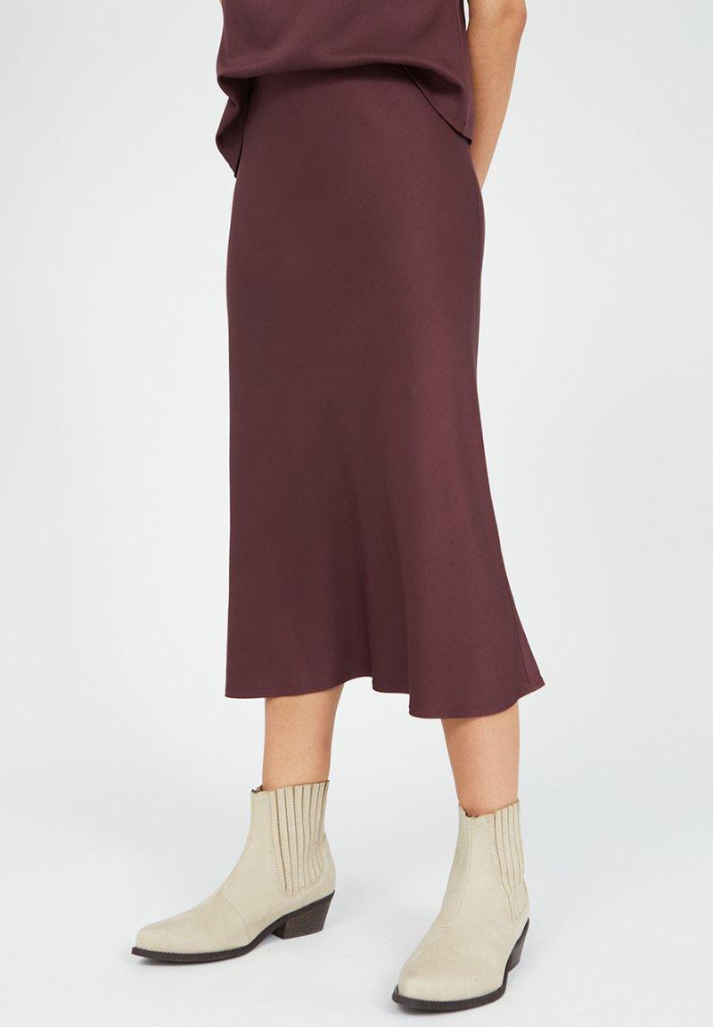 ARMEDANGELS - DEVORAA - A-line skirt - aubergine