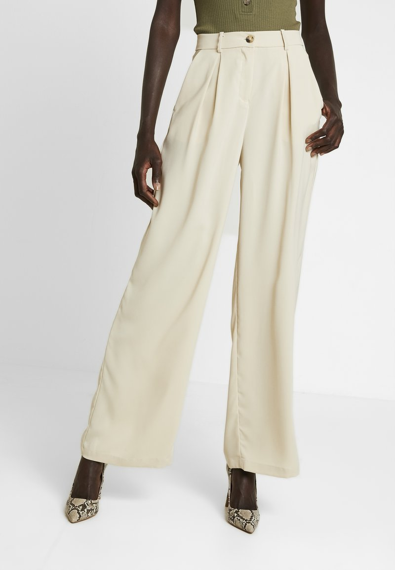 Vero Moda Tall - VMCOCO WIDE PANT - Trousers - oyster gray