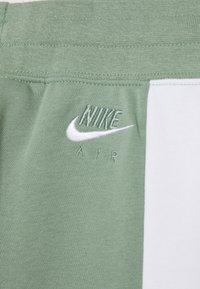 Nike Sportswear - Teplákové kalhoty - silver pine/black/white - 3
